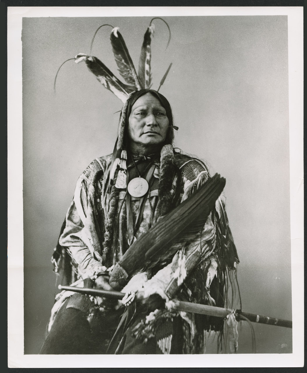 Running Antelope or Ta to ka in yanka Hunkpapa Dakota Indian 1872 Alexander Gardner photo