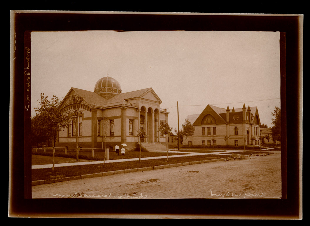 A5986-0001  Christian Science Church and First Lutheran Church, Grand Forks, 1910