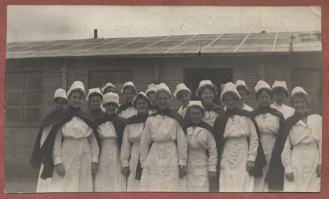 Nurses preparing to embark for France.